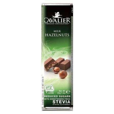 Baton z mlecznej czekolady z orzechami laskowymi Cavalier, 40g